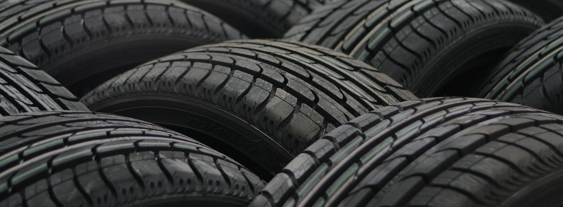 A1 Tyres Mobile Tyre Fitting! Call us on 07741 600 800